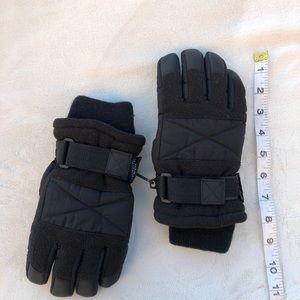 Thinsulate Insulation 40 Gram Gloves Kids Chilld